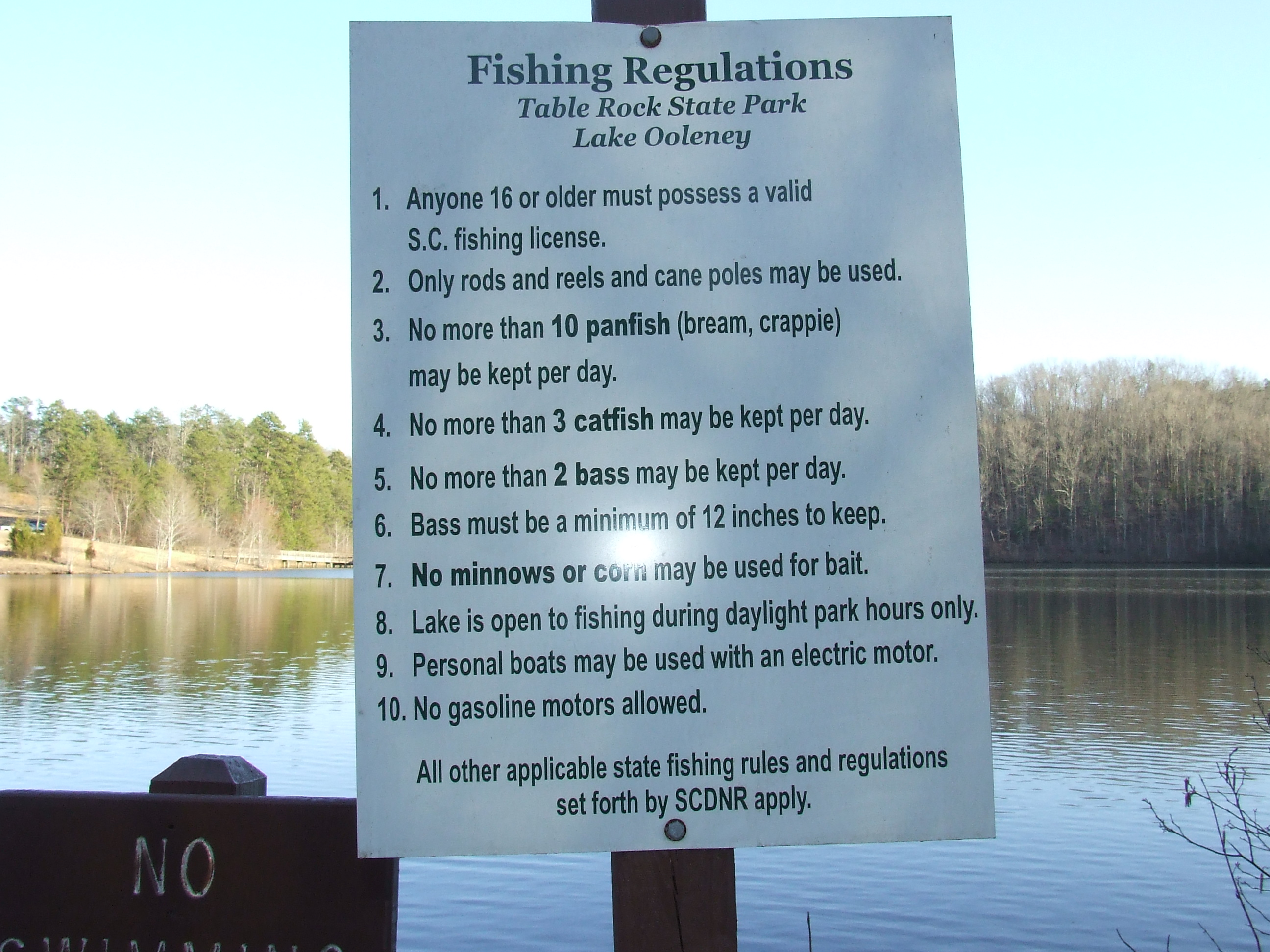Lake oolenoy table rock state park for Federal fishing regulations